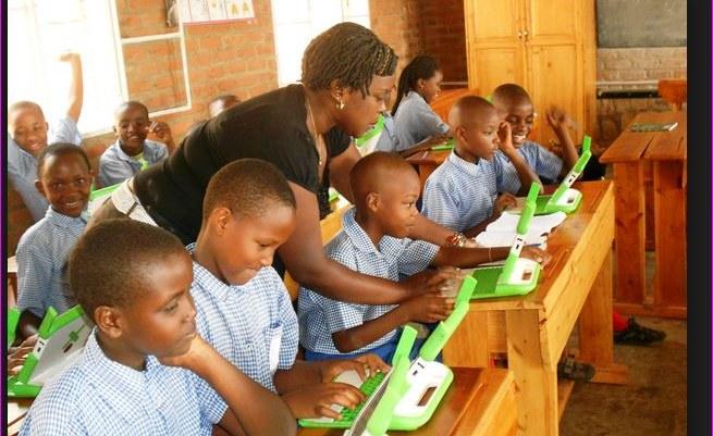 rwanda internet éducation